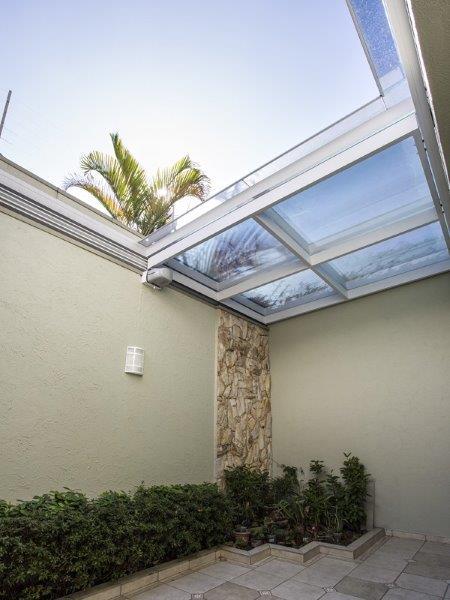 Telhado de Vidro Retrátil